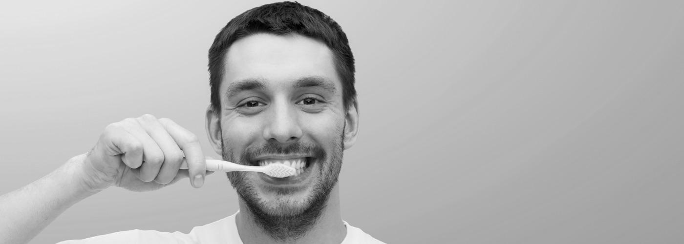 Pulizia denti a Roma | Igiene orale professionale | Francesco Saba